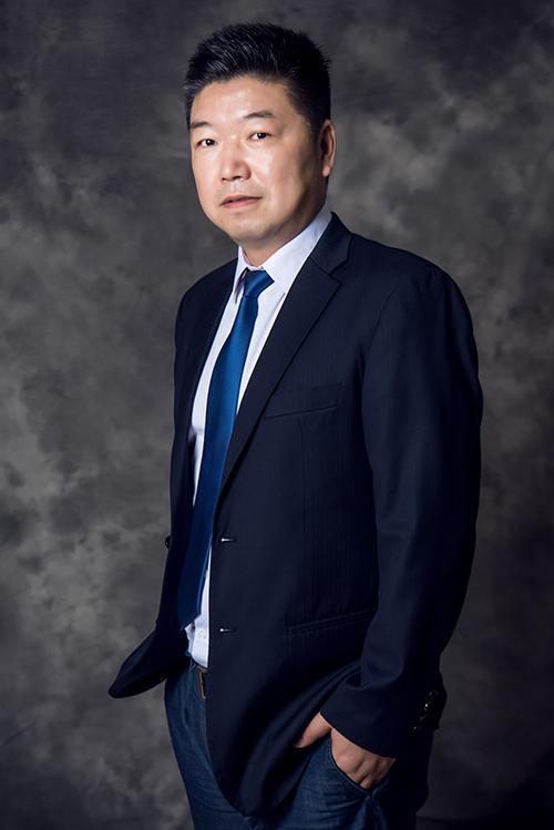 田宁 律师