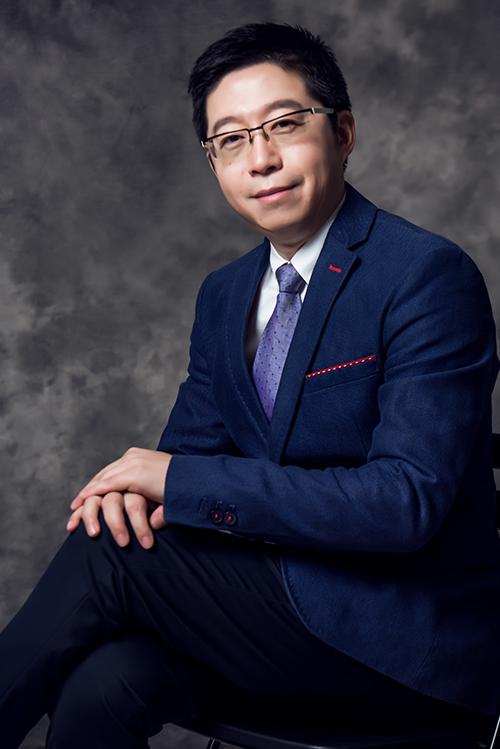 张坤 律师